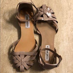 Steve Madden patent gray/mauve sandals, size 6